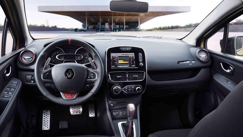 Renault Clio RS 220 Wnętrze