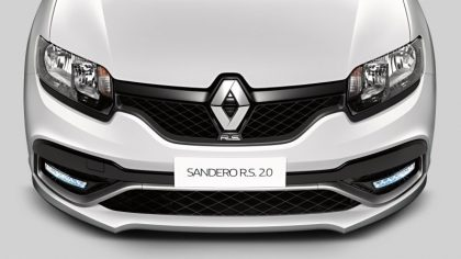 Renault Sandero 2.0. R.S. - gril