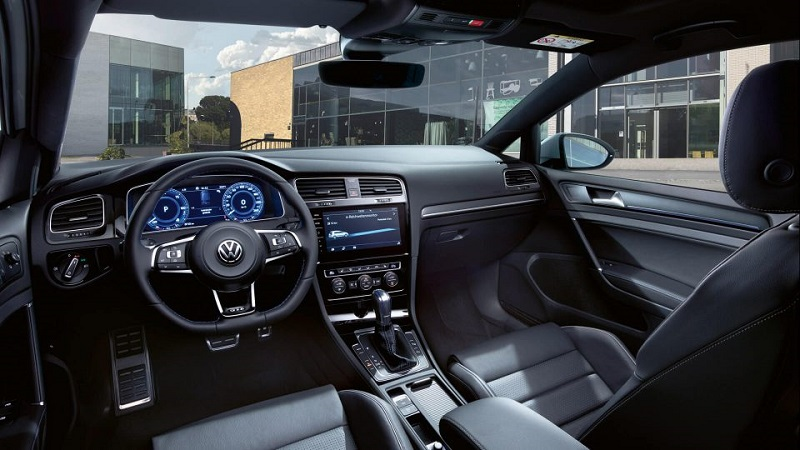 Volkswagen Golf GTE Wnętrze